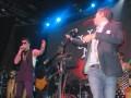 Damián Amato, presidente de Sony Music, con los Illya Kuryaki & The Valderramas