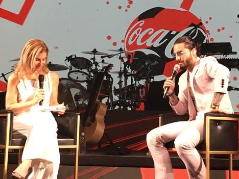 Leila Cobo y el reportaje en el escenario