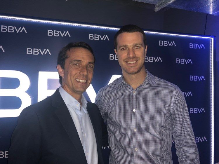 Juan 'Vazko' Ormaechea y Santiago Benvenuto, director de medios de pago del BBVA.